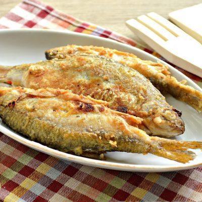 Жареная в майонезе речная рыба - рецепт с фото