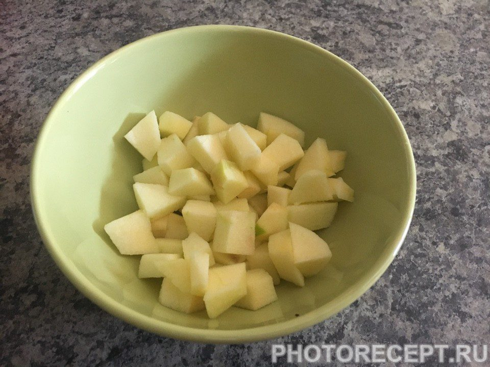 Фото рецепта - Яблочный штрудель - шаг 2