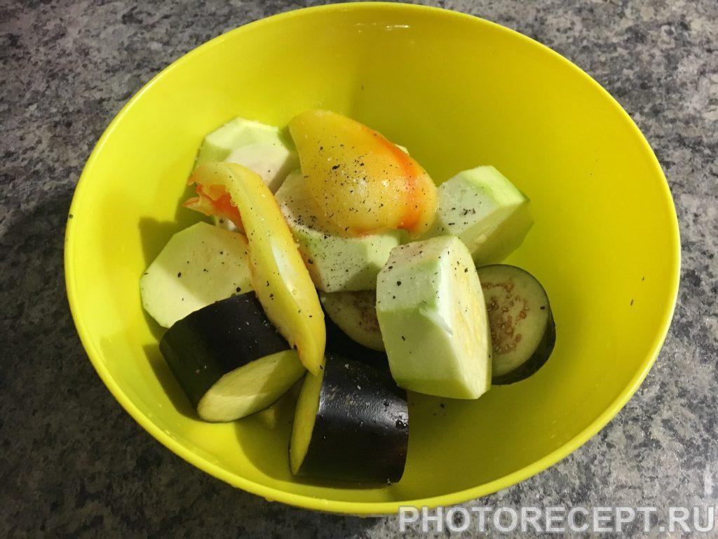 Фото рецепта - Куриные ножки запеченные с овощами - шаг 6