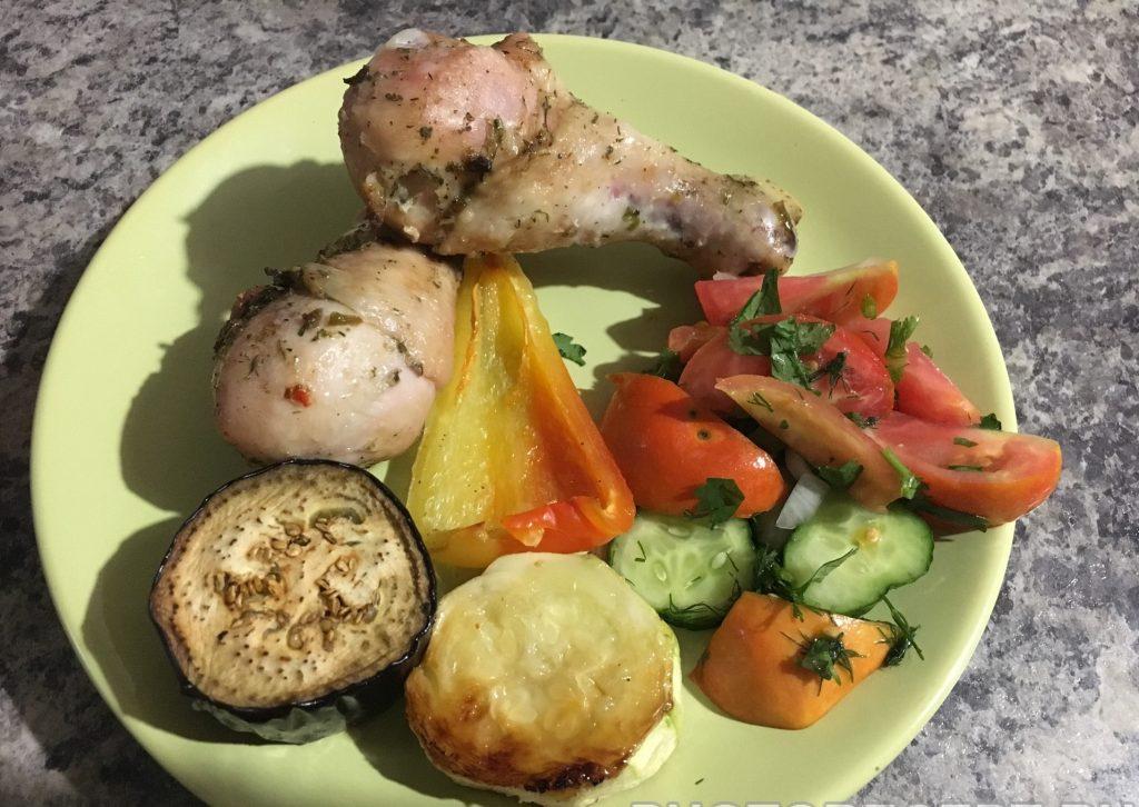 Фото рецепта - Куриные ножки запеченные с овощами - шаг 8