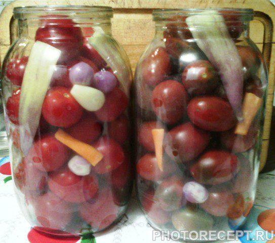 Фото рецепта - Маринованные помидоры в сладкой заливке - шаг 4