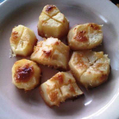 Картофель запеченный в духовке - рецепт с фото