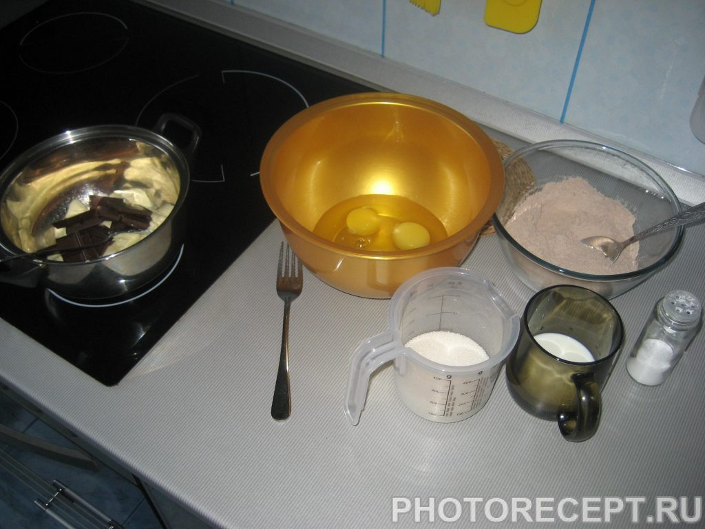 Фото рецепта - Шоколадные пирожные с апельсиновым соусом - шаг 1