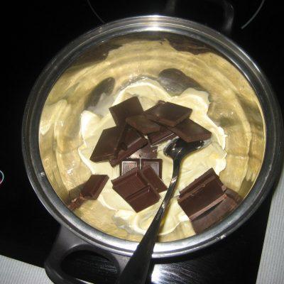 Фото рецепта - Шоколадные пирожные с апельсиновым соусом - шаг 2