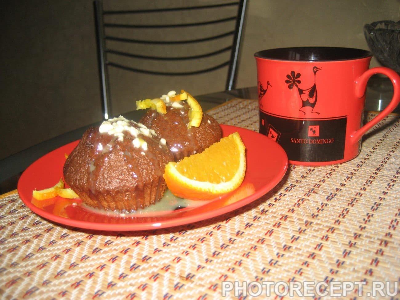 Шоколадные пирожные с апельсиновым соусом