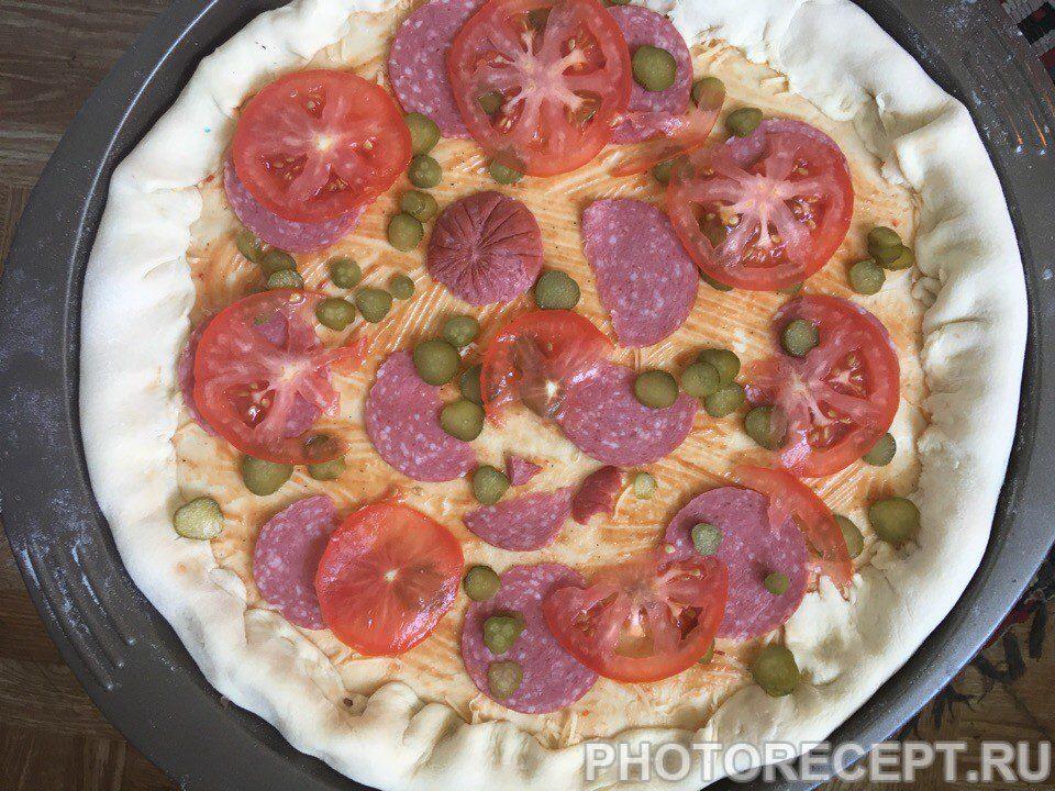 Фото рецепта - Пицца с сырными бортами – обалденно вкусно - шаг 4