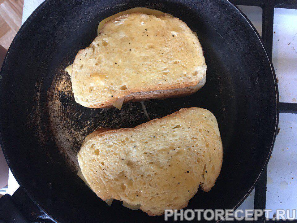 Фото рецепта - Простые и вкусные горячие бутерброды - шаг 5