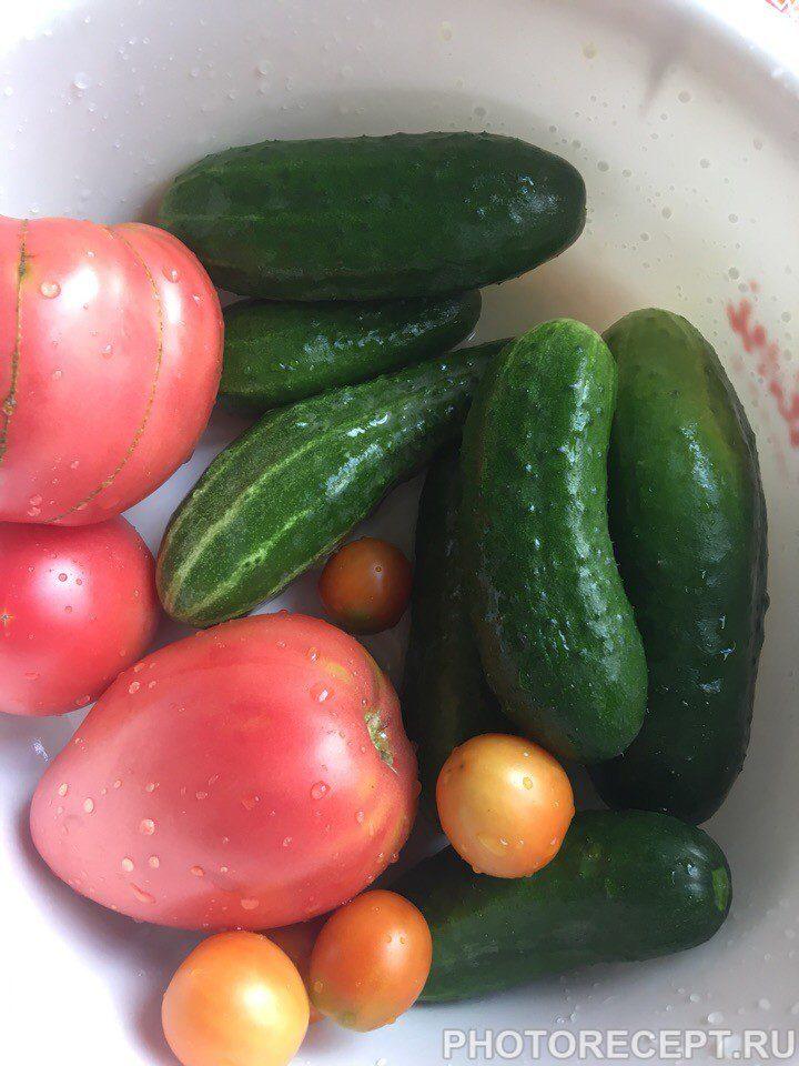 Фото рецепта - Простой и вкусный овощной салат - шаг 1