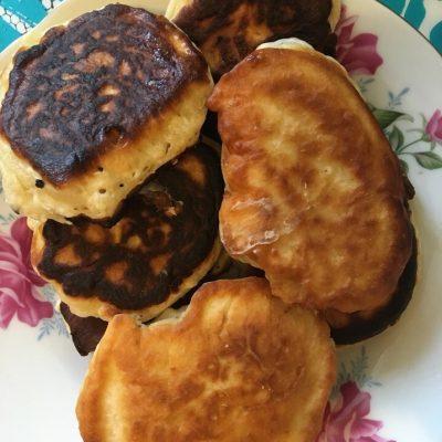 Кефирные оладьи – готовим вкусные оладьи - рецепт с фото