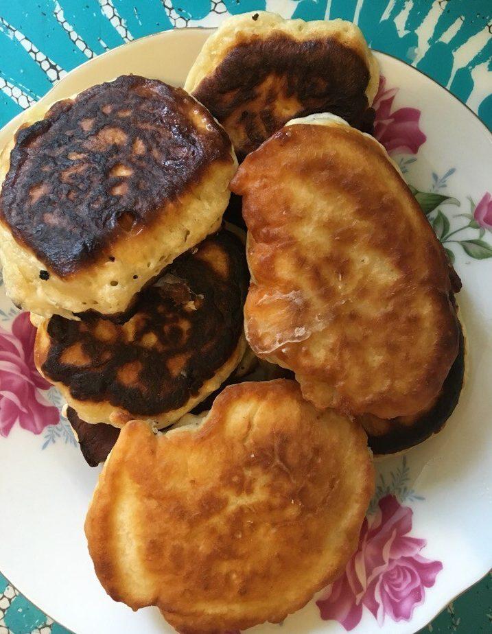 Кефирные оладьи – готовим вкусные оладьи