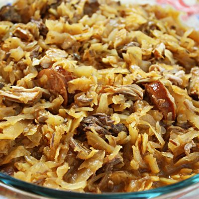 Солянка по-польски с мясом и колбасками - рецепт с фото