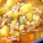 Рассольник-суп с солеными огурцами и перловкой