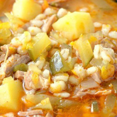 Рассольник-суп с солеными огурцами и перловкой - рецепт с фото