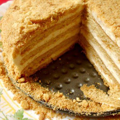 """Супер вкусный торт """"Ленивый медовик"""" - рецепт с фото"""