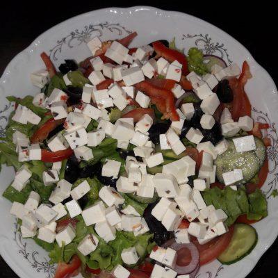Греческий салат домашний - рецепт с фото