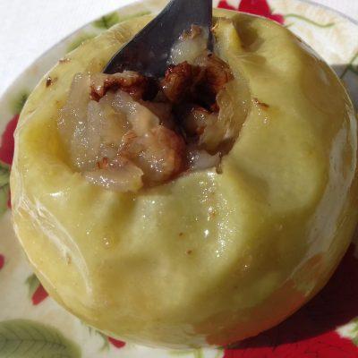 Яблоки в микроволновке - рецепт с фото