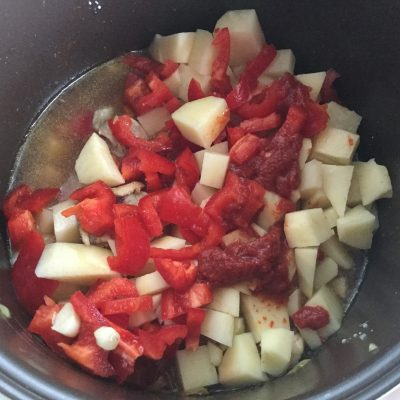 Фото рецепта - Жаркое из свинины в мультиварке - шаг 5