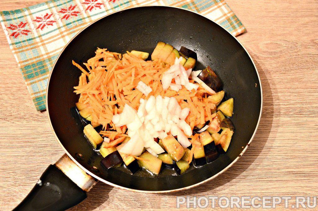 Фото рецепта - Капуста, тушенная с баклажанами и фаршем - шаг 3