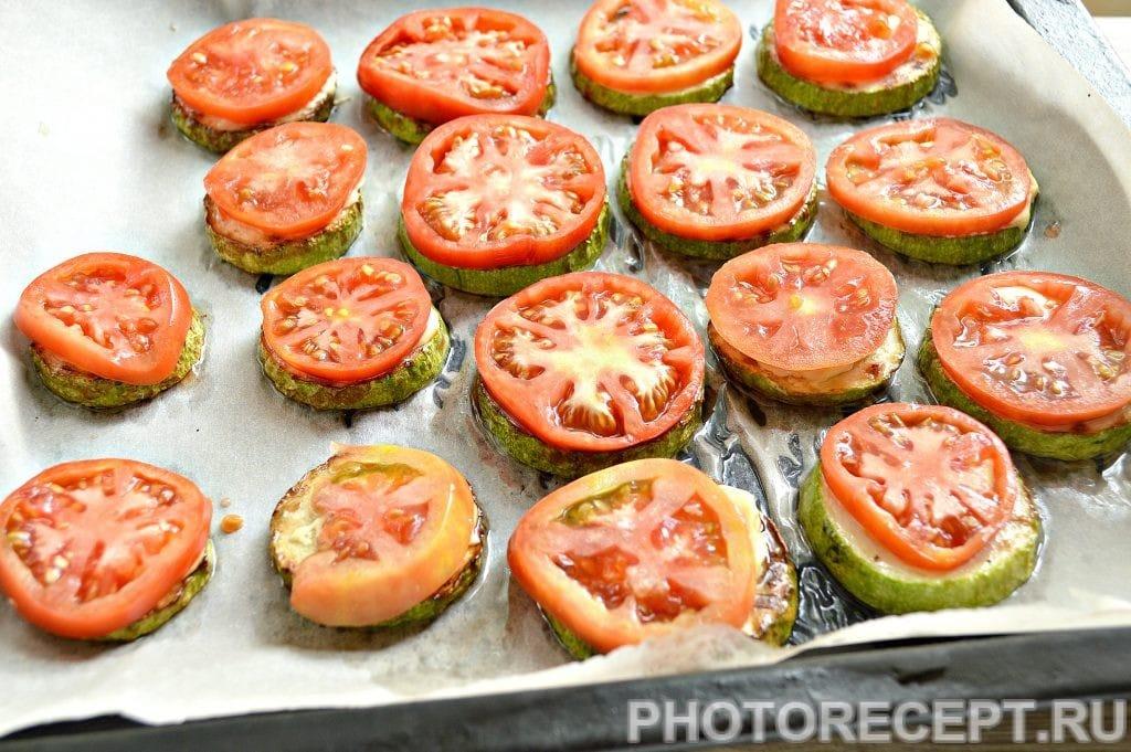 Фото рецепта - Кабачки с помидорами и сыром в духовке - шаг 4