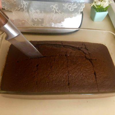 Фото рецепта - Шоколадный влажный кекс со вкусом Брауни - шаг 8