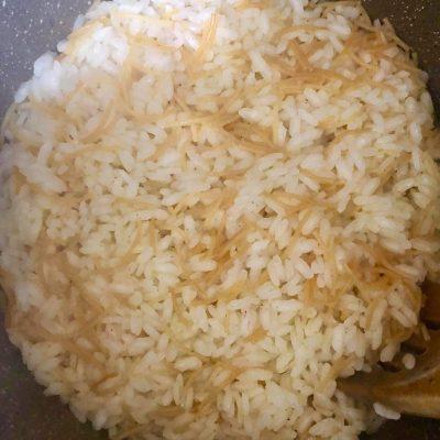 Фото рецепта - Рассыпчатый рис - шаг 5