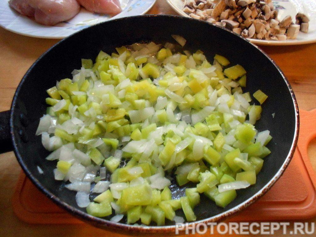 """Фото рецепта - Куриное филе под овощами """"Венеция"""" - шаг 3"""