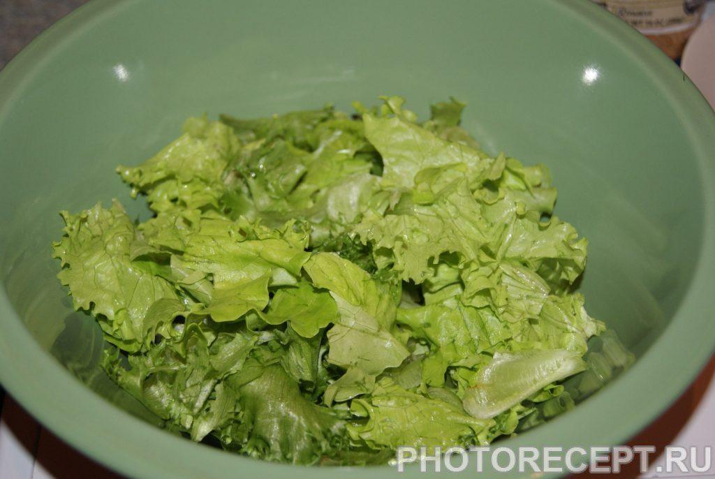 Фото рецепта - «Облегченный» Цезарь со сметанным соусом - шаг 2