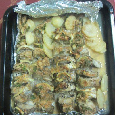 Печеная рыба в собственном соку - рецепт с фото