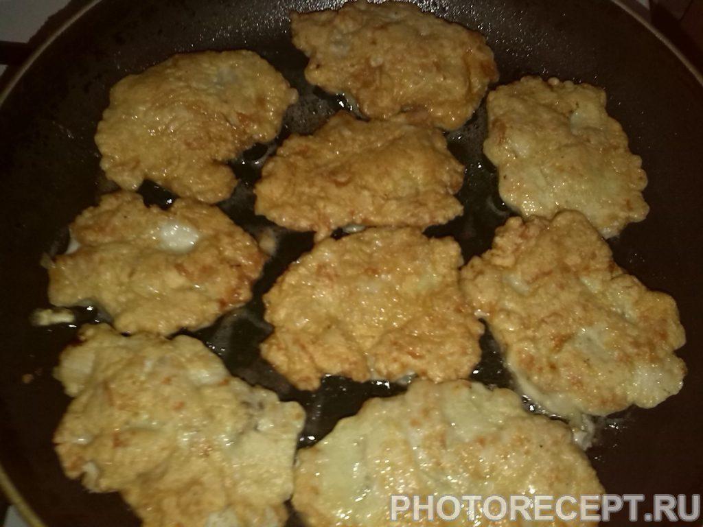 Фото рецепта - Рубленые куриные котлеты - шаг 8