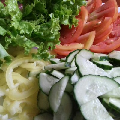 Фото рецепта - Салат витаминный - шаг 2