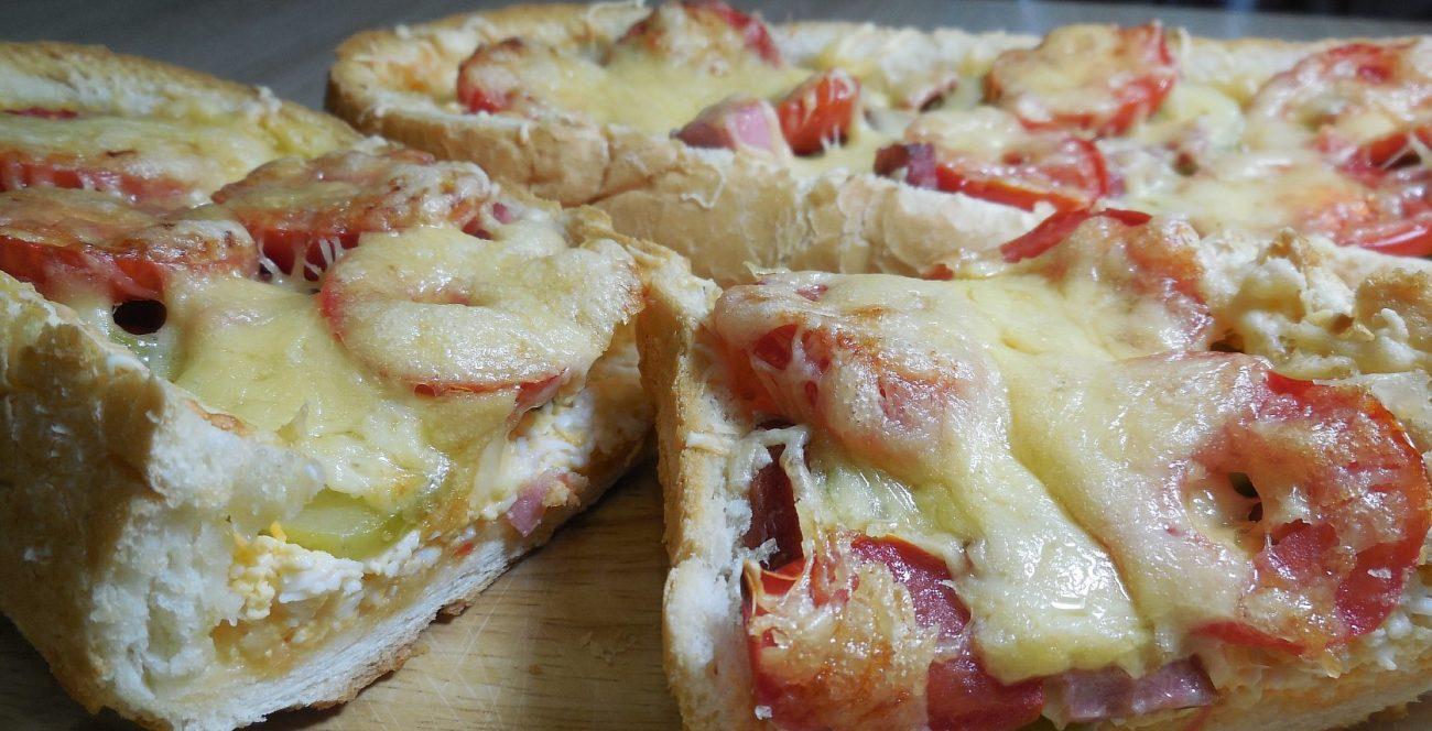 Пицца для ленивых – пицца в батоне