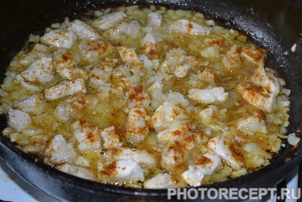 Фото рецепта - Лапша с курицей и соевым соусом - шаг 4