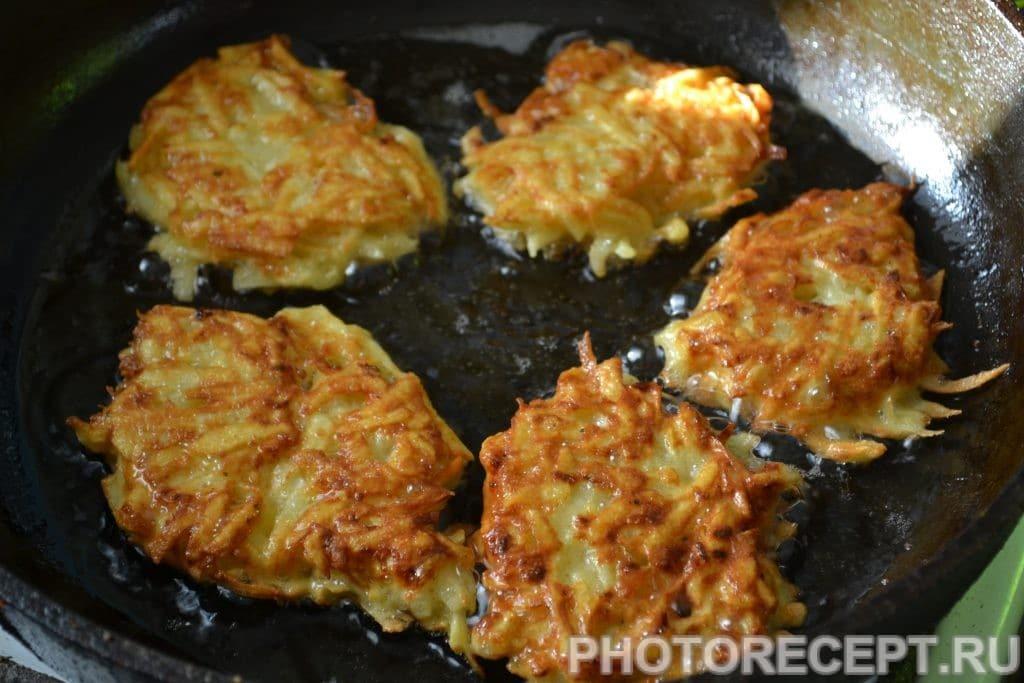 Фото рецепта - Картофельные драники - шаг 6