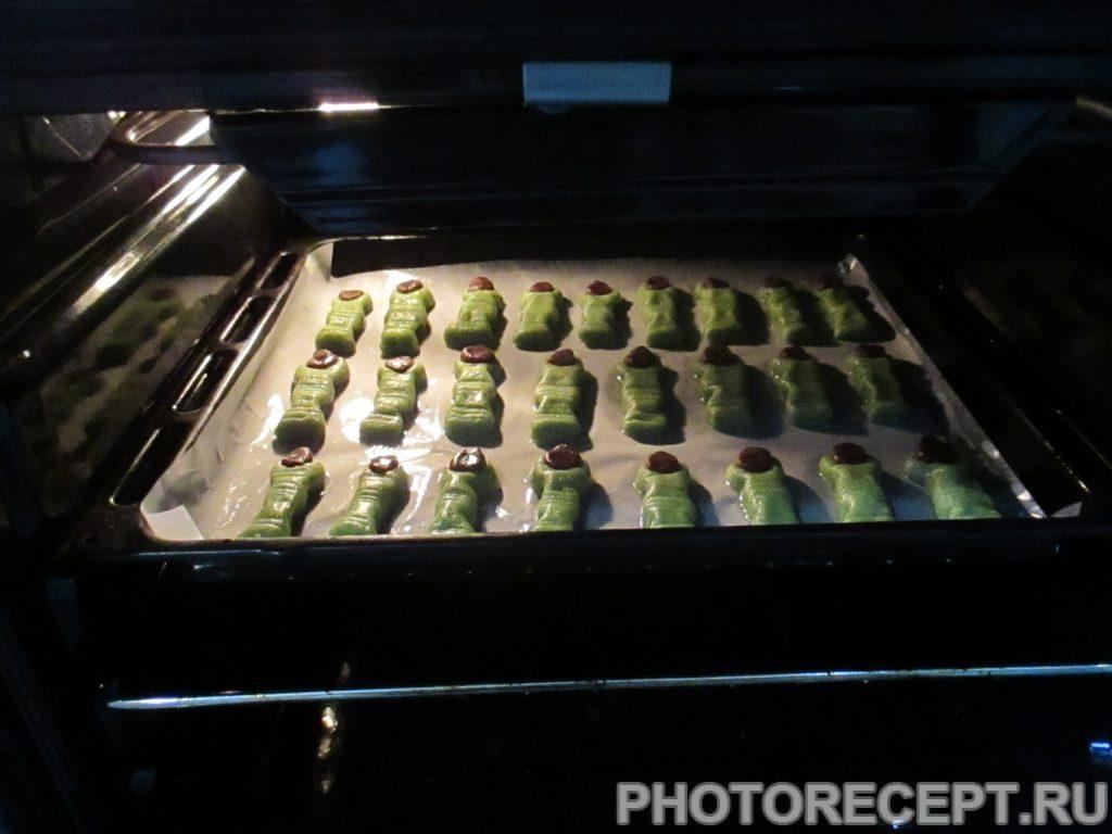 "Фото рецепта - Печенье ""Пальцы ведьмы"" - шаг 4"