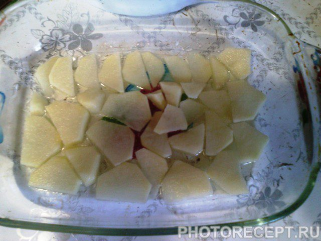 Фото рецепта - Картофельная запеканка  с мясным фаршем - шаг 2