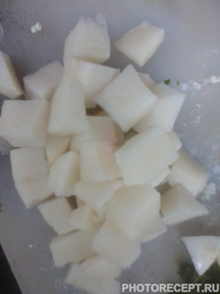 Фото рецепта - Окрошка на кефире - шаг 1