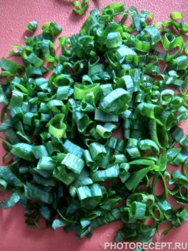 Фото рецепта - Блины фаршированные сыром и зеленью - шаг 3