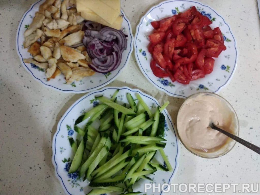 Фото рецепта - Лаваш с курицей и овощами - шаг 2