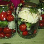 Фото рецепта - Маринованное ассорти из овощей - шаг 2