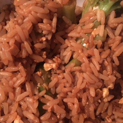 Рис с яйцом и брокколи - рецепт с фото