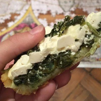 Фото рецепта - Киш со шпинатом и брынзой - шаг 6