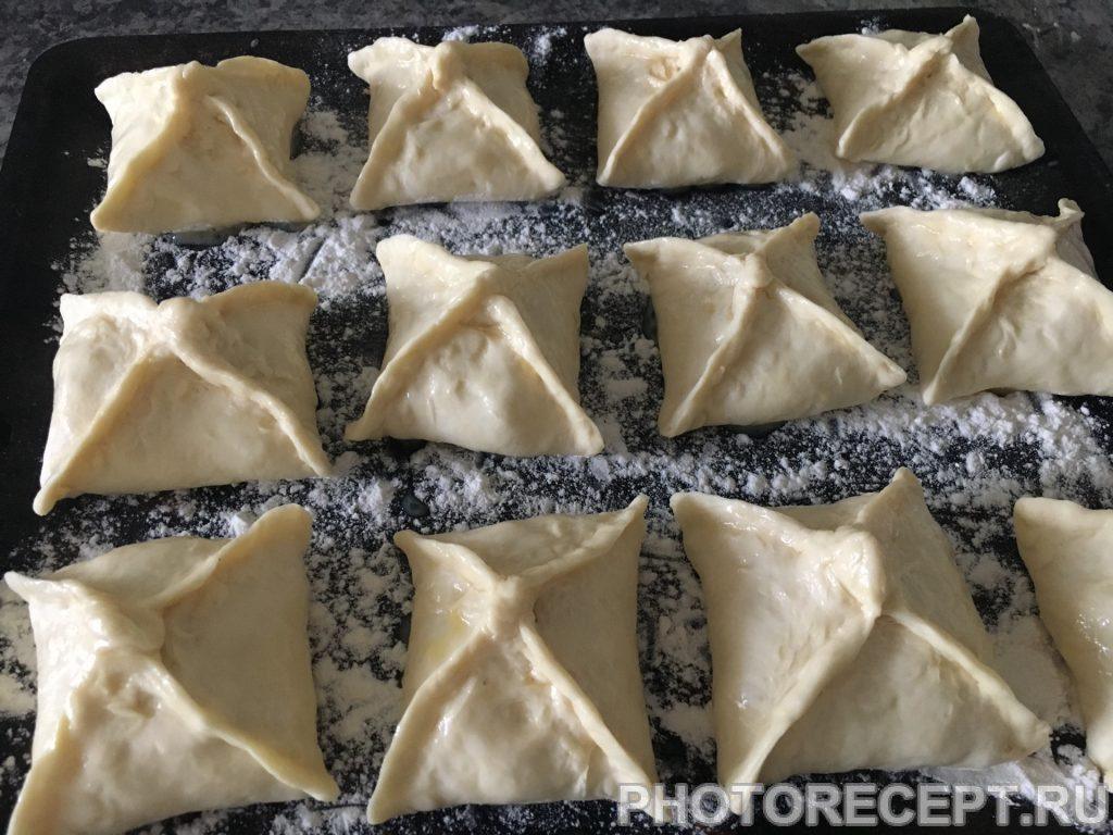 Фото рецепта - Конвертики из куриного филе с сыром - шаг 8