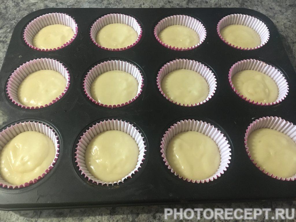 Фото рецепта - Ванильные капкейки - шаг 7