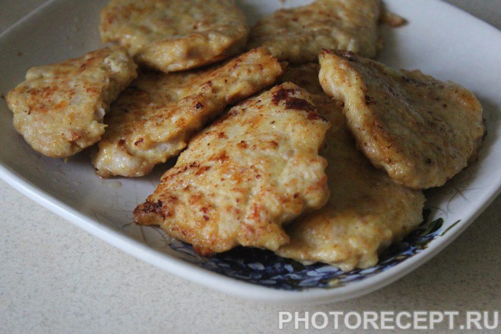 Фото рецепта - Сытные куриные блины с сыром - шаг 4
