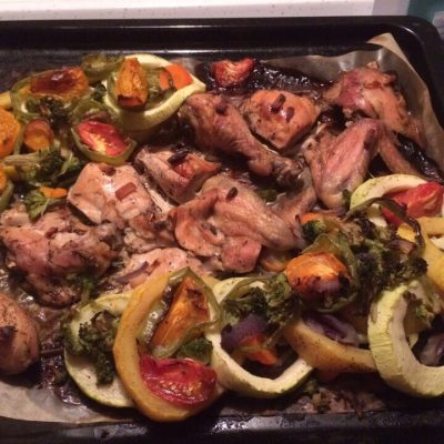 Обалденно вкусная курочка с овощами в духовке - рецепт с фото