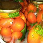 Фото рецепта - Маринованные помидоры с тархуном - шаг 4