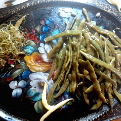 Фото рецепта - Пикантная фасоль в сливовом соусе - шаг 2