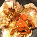 Фото рецепта - Свиные ребра в мультиварке с соусом из овощей - шаг 2