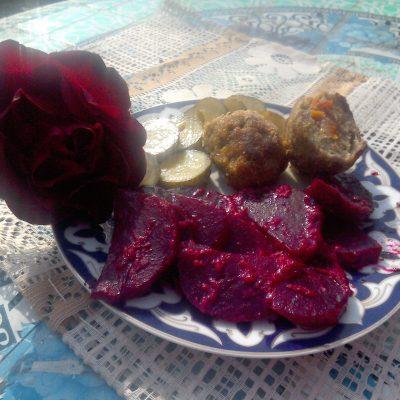 Фото рецепта - Свекла, запеченная в нежном соусе - шаг 6