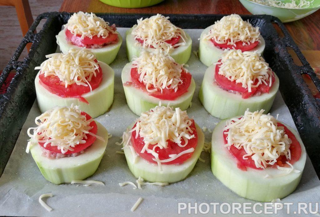 Фото рецепта - Запеченые кабачки с фаршем - шаг 6